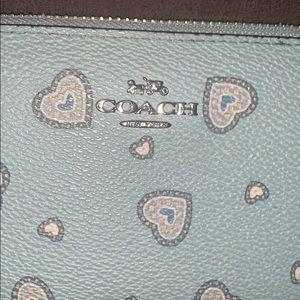 Coach Bags - 💙Accordion Zip Wallet💙